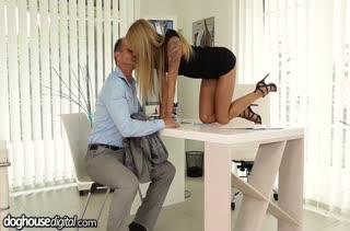 Красивое порно видео с аппетитными блондинками №3513 1