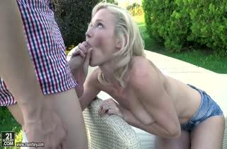 Скачать порно видео с красавицами на природе №2617