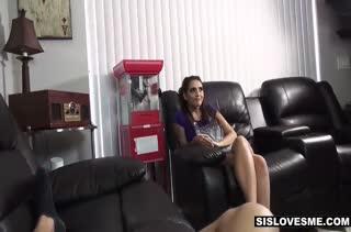 Парочка снимает любительское порно от первого лица №2066 4