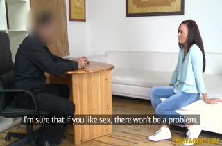 Красотка достойно проходит сложный порно кастинг №751 2