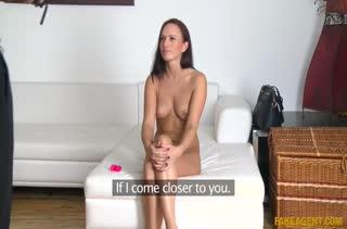Красотка достойно проходит сложный порно кастинг №751 4