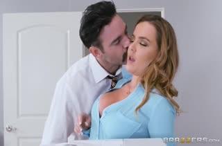 Экстремальный страстный секс прямо на работе №3466